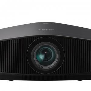SONY VPL-VW870 lazerinis namu kino projektorius